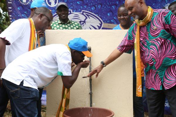 Responsabilité Sociétale : Brassivoire offre de l'eau aux populations de Bayekou Bassi (Gagnoa)