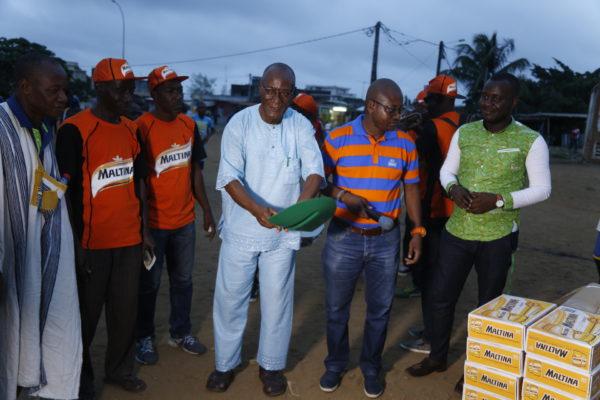 Brassivoire fait don d'équipements et outils d'entretien aux habitants de la cité verte de Yopougon